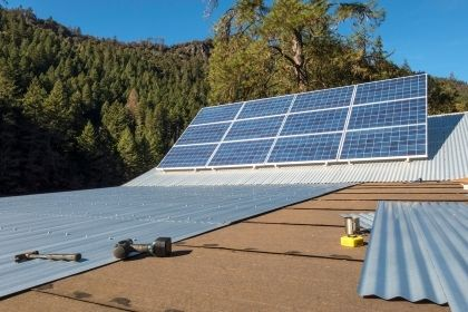 solar panels with metal roof installation for businesses